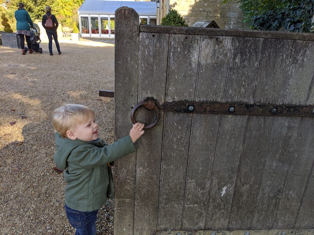 Travel With Me & Baby | Cotswolds in the Fall | Traveling with Baby or Toddler | EverydayAccountsBlog.com