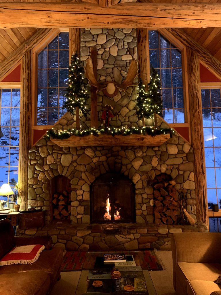Travel With Me | Winter in Whitefish, Montana | EverydayAccountsBlog.com
